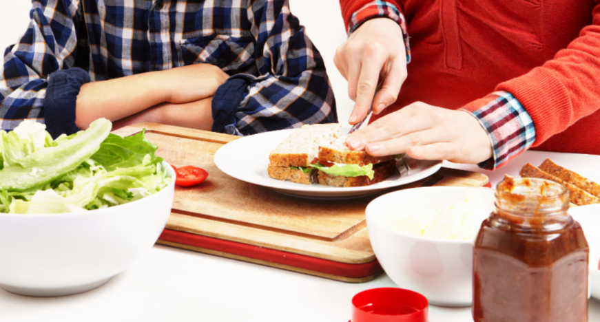 10 Easy Lunch Ideas for the Busy Homeschool Family