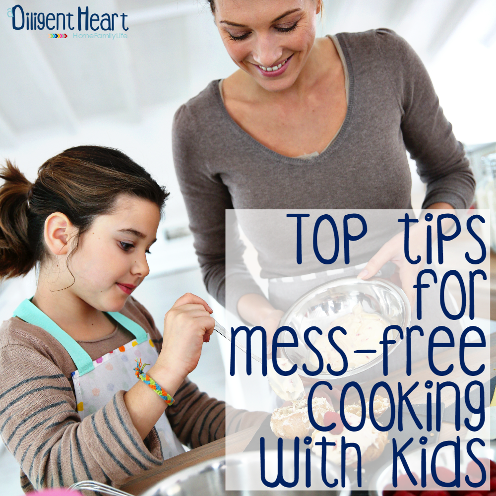 Kids just LOVE cooking with us, don't they?! But sometimes, it can get messy! Don't let that hold you back! Today, I have a guest blogger sharing some fantastic tips for mess-free cooking with kids!